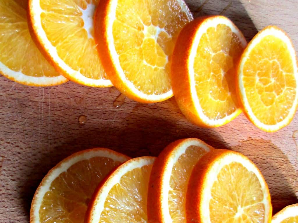 It's so simple to dry orange slices and peel at home for use in crafts and recipes. Follow our simple instructions for fabulous results.