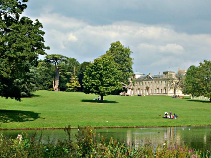 12 Fabulous places to visit in and around the Cotswolds -Lydiard House and Park