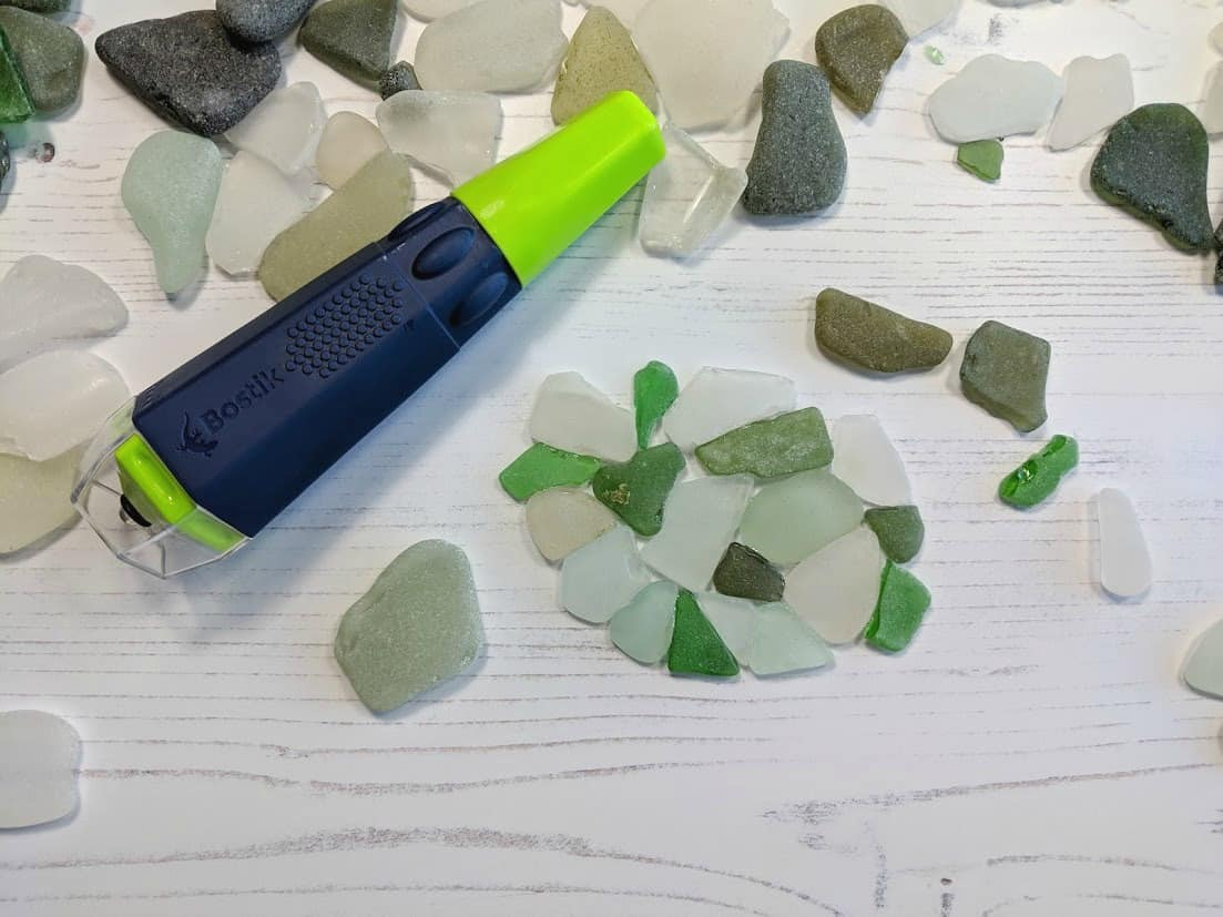 I use Bostik Fix & Flash, one of the best glues for glass crafts to make this beautiful sea glass sculpture in minutes. #BostikCrafts #BostikFixandFlash #seaglass #seasglasscrafts #bestglueforglass